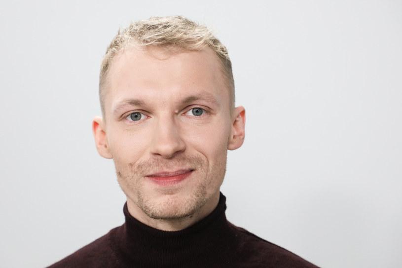 """Wiosną 2020 roku Polsat pokaże nowy cotygodniowy talent show """"The Four - Bitwa o sławę"""" - dowiedział się portal Wirtualnemedia.pl. Producentem programu jest Rochstar, a - jak wynika z nieoficjalnych informacji - w gronie jury ma się znaleźć Igor Herbut."""