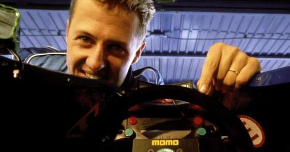 """Od ponad sześciu lat trwa dramat Michaela Schumachera, który uległ poważnemu wypadkowi podczas jazdy na nartach w grudniu 2013 roku. Póki co nie wiadomo, w jakim stanie jest """"Schumi"""", ponieważ jego menadżerka oraz członkowie rodziny odmawiają udzielenia informacji na jego temat."""