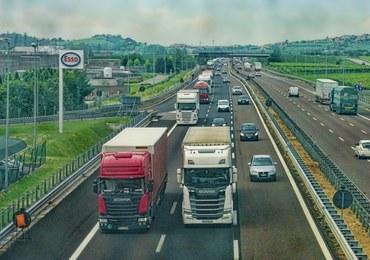 Komisja transportu PE poparła niekorzystny dla polskich przewoźników pakiet mobilności