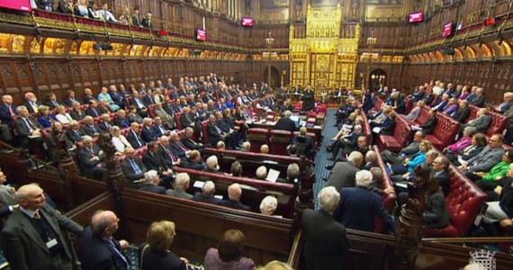 Izba Gmin odrzuciła poprawki Izby Lordów do ustawy o