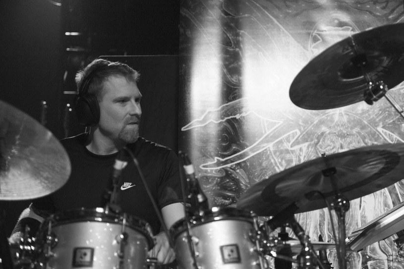 """W wieku 48 lat zmarł Sean Reinert, perkusista metalowych wizjonerów z Cynic. Z grupą Death nagrał też przełomową płytę """"Human""""."""