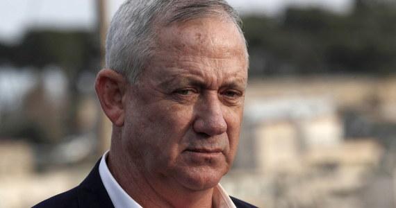Po spotkaniu z prezydentem USA lider izraelskiej opozycji Benny Gantz pochwalił Donalda Trumpa za opracowanie planu pokojowego dla Bliskiego Wschodu i obiecał pomoc w jego wdrożeniu po marcowych wyborach w Izraelu.