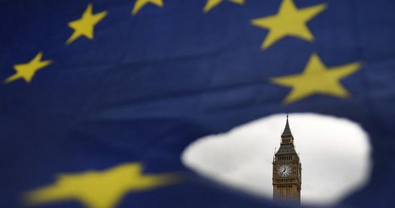 31 stycznia 2020 o godzinie 23:00 czasu londyńskiego nastąpiła sejsmiczna zmiana w historii Unii Europejskiej: Wspólnotę opuściła Wielka Brytania. Co oznacza dla nas brexit? Na jakie nowości - w kwestii podróży, pracy czy nauki na Wyspach - musimy być gotowi? Jakich formalności musimy dopełnić? Przeczytajcie!