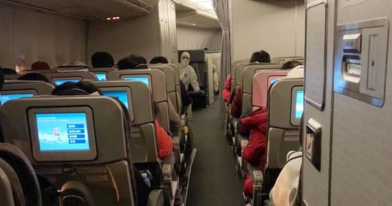 Najpierw polecą do Francji, potem - od razu do Polski. Z chińskiego Wuhanu zostanie ewakuowanych 30 Polaków. Wuhan stał się epicentrum koronawirusa, którym tylko w Chinach zaraziło się 10 tysięcy osób. Ponad 200 nie żyje.