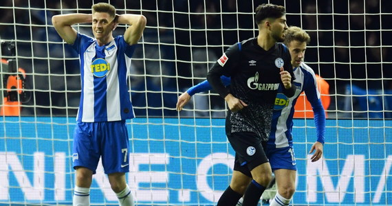 Krzysztof Piątek zadebiutował w Hercie Berlin w meczu ligowym przeciwko Schalke 04 Gelsenkirchen. Spotkanie na Stadionie Olimpijskim w stolicy Niemiec zakończyło się bezbramkowym remisem. Polski piłkarz pojawił się na boisku w 63. minucie.