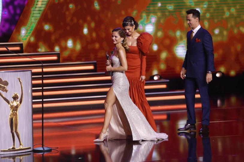"""W Teatrze Polskim w Warszawie trwa gala wręczenia Telekamer """"Tele Tygodnia"""" 2020. Bezpośrednią transmisję uroczystości wręczenia najważniejszych telewizyjnych nagród w Polsce można oglądać na antenie Telewizji Puls."""