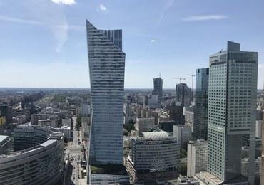 Warszawa: Samochód potrącił dwoje dzieci na przejściu dla pieszych