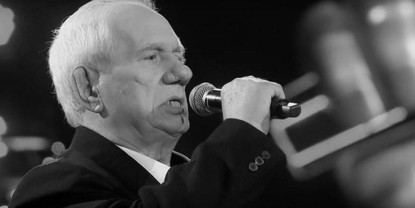 """Zmarł 72-letni finalista pierwszej edycji """"The Voice Senior"""" - Kazimierz Kiljan - poinformował oficjalny profil programu. Nie podano przyczyny śmierci uczestnika."""
