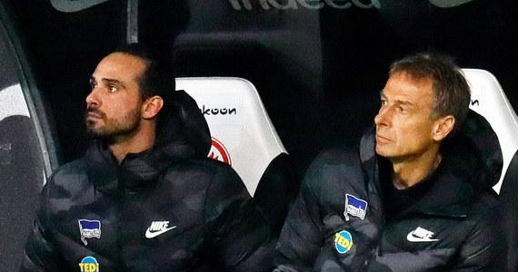 Alexander Nouri i Markus Feldhoff poprowadzą w najbliższych tygodniach Herthę Berlin, której piłkarzem jest od niedawna Krzysztof Piątek. Dotychczas Nouri i Feldhoff byli asystentami Jürgena Klinsmanna, który we wtorek zrezygnował z funkcji szkoleniowca berlińskiego zespołu.