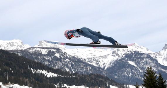 Dawid Kubacki nadal zajmuje trzecią lokatę na liście płac Międzynarodowej Federacji Narciarskiej (FIS). W tym sezonie zarobił z tytułu premii za wyniki w zawodach Pucharu Świata 139 300 franków szwajcarskich, tj. ponad 556 tysięcy złotych.