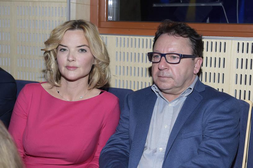 Monika Zamachowska przerwała milczenie i udzieliła pierwszego wywiadu po rozstaniu z mężem. Dziennikarka przyznała w nim, że jest do trudny moment w jej życiu. Gwiazda nie ukrywa, że jej mama już na początku związku ostrzegała ją przed Zbigniewem.