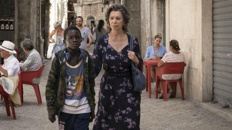 """Po dekadzie przerwy Sophia Loren znów zagrała w pełnometrażowym filmie fabularnym. Produkcję, która nosi tytuł """"The Life Ahead"""", wyreżyserował jej syn Edoardo Ponti."""