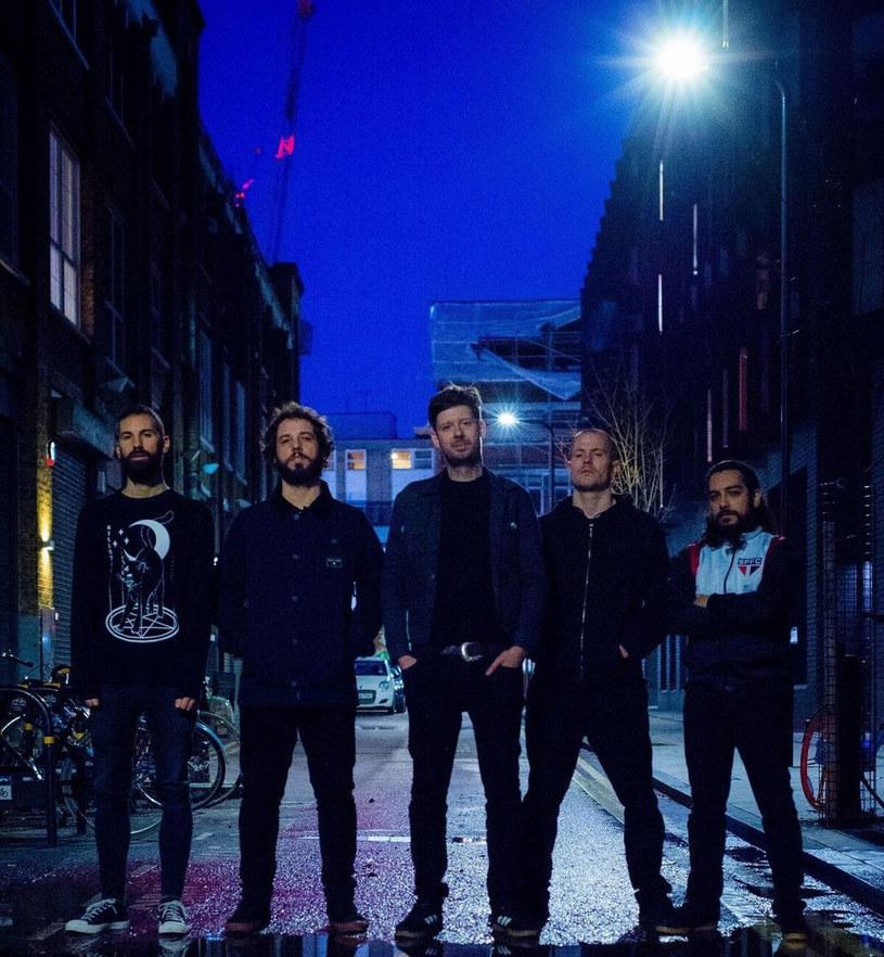 Londyńska grupa Calligram podpisała kontrakt z Prosthetic Records i szykuje się do premiery debiutanckiej płyty.