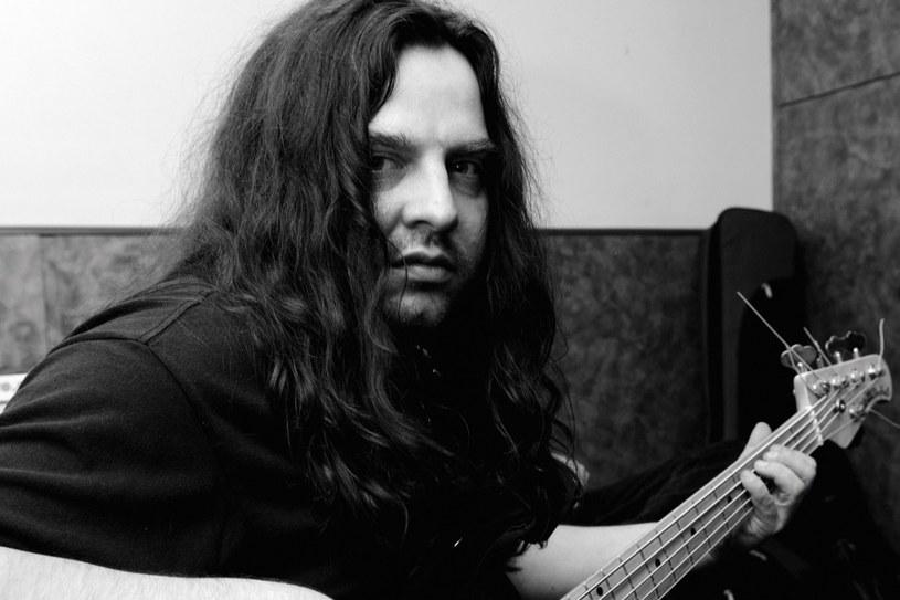 W wieku 49 lat zmarł Szymon Maria Rapacz, pochodzący z Krakowa basista metalowej grupy Mahavatar z Nowego Jorku.
