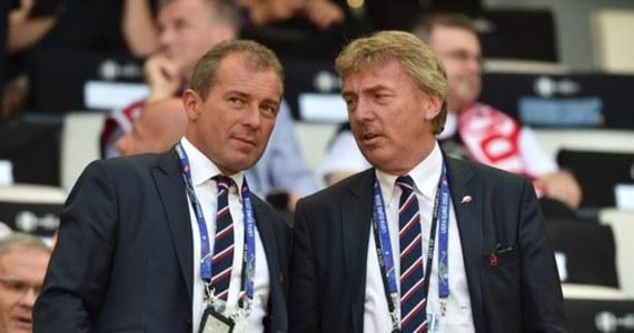 """Wiceprezes Polskiego Związku Piłki Nożnej ds. szkoleniowych Marek Koźmiński zapowiedział, że będzie ubiegać się o stanowisko szefa piłkarskiej centrali. Kadencja jej obecnego prezesa Zbigniewa Bońka kończy się w tym roku - a ponieważ jest to już druga kadencja, Boniek nie może ubiegać się o reelekcję. Koźmiński, który - jak sam przypomniał - """"w 2012 roku został zaproszony do ekipy prezesa Bońka"""", zapowiedział politykę kontynuacji. """"Uważam, że zrobiliśmy dużo dobrego. Wiele pozostało jeszcze do zrobienia"""" - stwierdził. Wybory nowego szefa PZPN zaplanowane zostały na 27 października."""