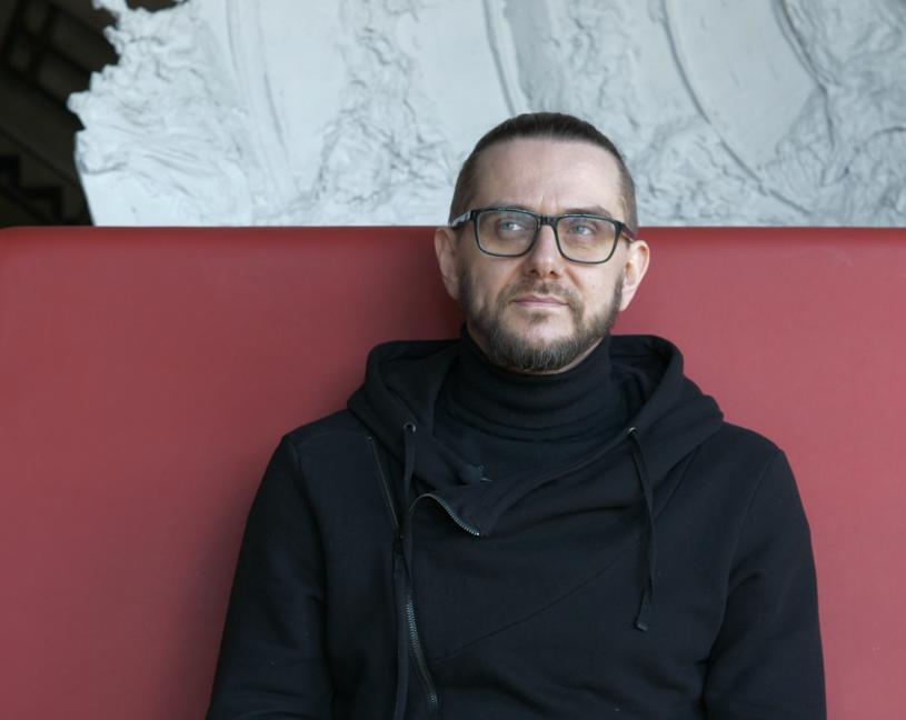 Znany z grupy Riverside i projektu Lunatic Soul wokalista i muzyk Mariusz Duda zapowiedział premierę pierwszej piosenki sygnowanej swoim imieniem i nazwiskiem.