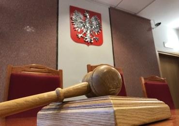 Zaatakował sędzię podczas rozprawy. Spędzi dwa miesiące w areszcie