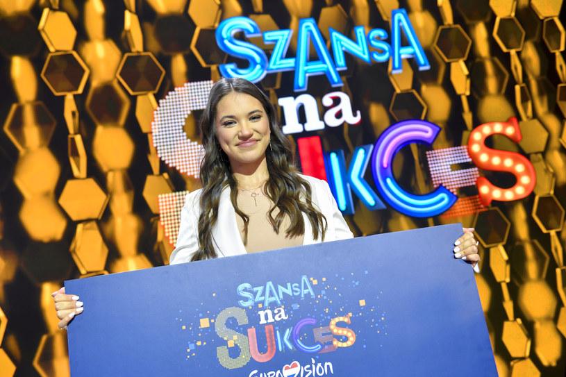 """Program """"Szansa na sukces. Eurowizja 2020"""" oglądało średnio 1,94 mln osób. TVP2 w czasie emisji muzycznego widowiska była zdecydowanym liderem rynku."""