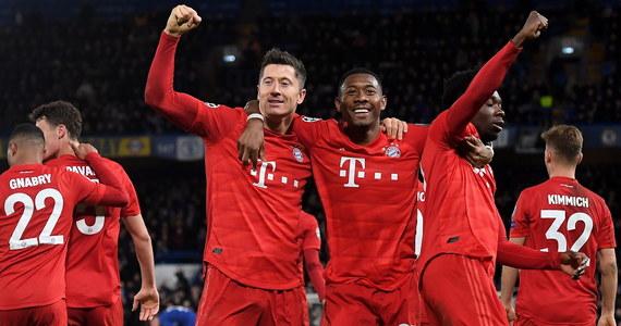 Robert Lewandowski zdobył bramkę i miał dwie asysty, a Bayern Monachium pokonał w Londynie Chelsea 3:0 w 1/8 finału Ligi Mistrzów. W zremisowanym 1:1 meczu Napoli u siebie z Barceloną asystę zaliczył pomocnik gospodarzy Piotr Zieliński. Rewanże w tych parach - 18 marca.
