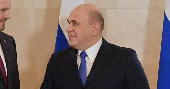 Rosyjski premier Michaił Miszustin podpisał dekret rządowy, który w wyjątkowych sytuacjach zezwala wojsku na zestrzelenie cywilnych samolotów, które naruszają rosyjską przestrzeń powietrzną i nie stosują się do przekazywanych poleceń.