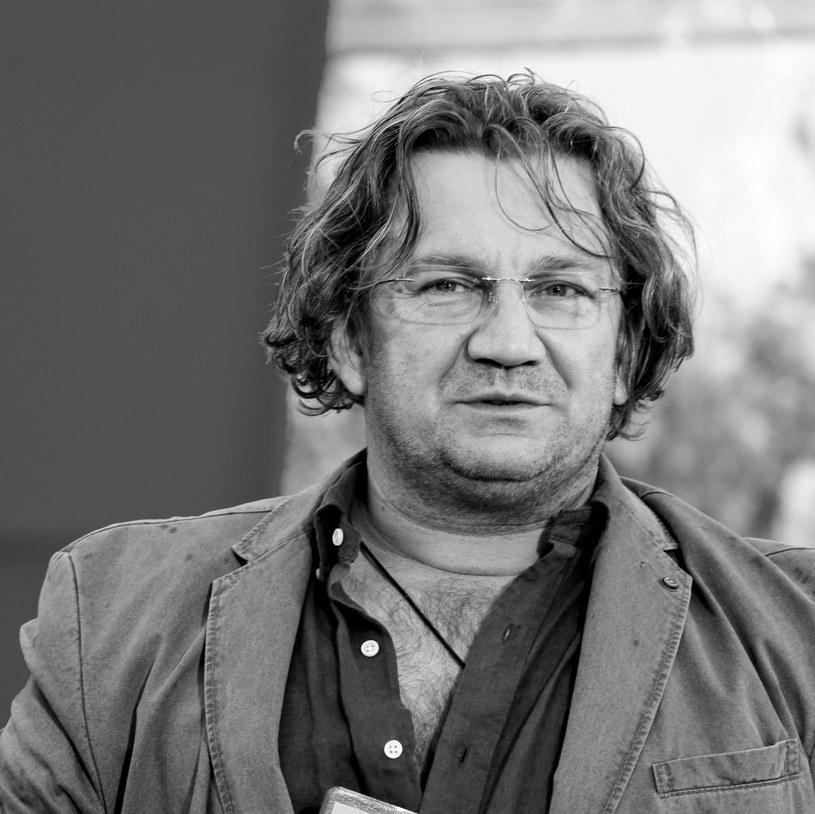 """Paweł Królikowski zmarł nad ranem po długiej chorobie - poinformował """"Super Express"""". Aktor miał 58 lat."""