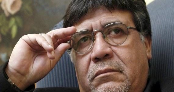 Władze Hiszpanii i Portugalii wszczęły dochodzenie ws. zakażenia koronawirusem pisarza Luisa Sepulvedy. Autor mieszkający w Hiszpanii, a pochodzący z Chile - utrzymuje - że mógł zostać zainfekowany w sąsiedniej Portugalii. Do tej pory jednak nie potwierdzono tam żadnego przypadku koronawirusa.