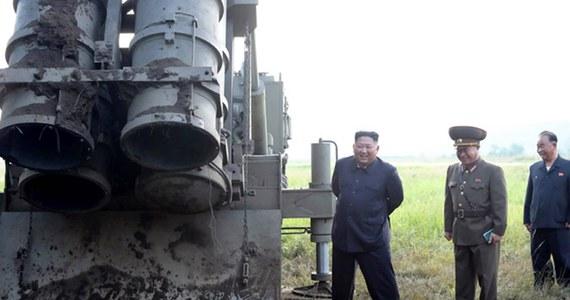 Korea Północna wystrzeliła na Morze Japońskie dwa pociski kierowane bliskiego zasięgu - poinformowało w poniedziałek Kolegium Szefów Sztabów Sił Zbrojnych Korei Południowej.