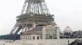Paryż z 1890 - archiwalny film przeskalowany dzięki sztucznej inteligencji