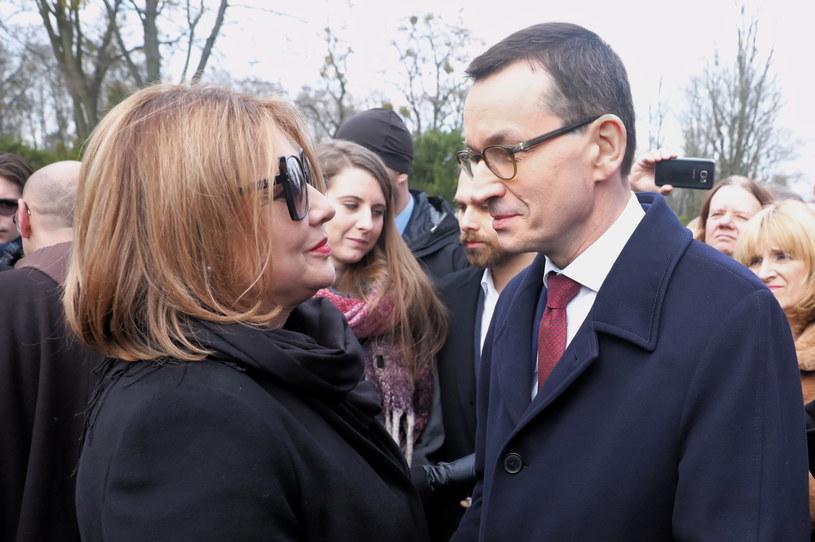- Polska kultura wiele mu zawdzięcza i nigdy go nie zapomni - napisał na Facebooku premier Mateusz Morawiecki o aktorze, prezesie ZASP Pawle Królikowskim, który w czwartek, 5 marca, spoczął na warszawskich Powązkach.