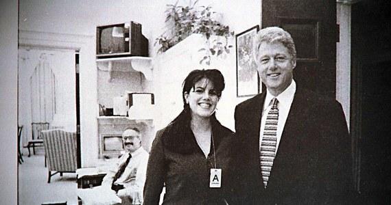 """Romans sprzed lat z Monicą Lewinsky był sposobem """"radzenia sobie z niepokojami"""" - stwierdził w mającym premierę w piątek dokumencie były prezydent USA Bill Clinton. Film opowiada o jego żonie - byłej sekretarz stanu USA Hillary Clinton."""