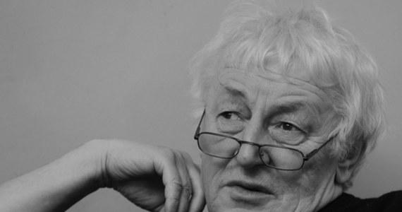 """Zmarł Ludwik Stomma - antropolog kultury, publicysta i etnolog Ludwik Stomma. O jego śmierci poinformowała """"Polityka"""", dla której pisał felietony. 22 marca Stomma skończyłby 70 lat."""
