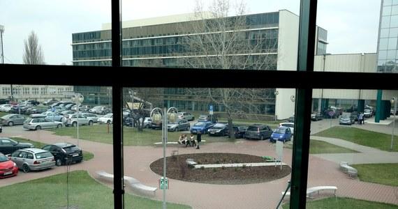 Wykłady dla studentów na Warszawskim Uniwersytecie Medycznym zostały odwołane. Tak zarządził rektor uczelni z powodu zagrożenia koronawirusem.