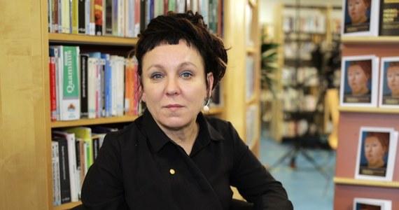 Rozporządzenie zwalniające z podatku od Nagrody Nobla pisarkę Olgę Tokarczuk weszło we wtorek w życie.