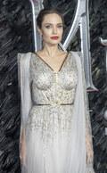 Córki Angeliny Jolie w szpitalu. Przeszły poważne operacje