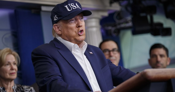 Od północy w poniedziałek o Wielką Brytanię i Irlandię poszerzony zostanie zakaz przyjazdów do USA - poinformował w sobotę na konferencji prasowej w Białym Domu amerykański wiceprezydent Mike Pence.