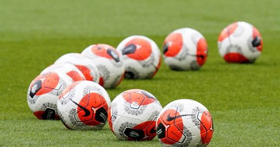 """Piłkarskie mistrzostwa Europy mogą zostać rozegrane w grudniu - donosi brytyjski """"The Telegraph"""". Z informacji gazety wynika, że jest to scenariusz bardziej prawdopodobny niż przeniesienie turnieju na przyszły rok. Spotkanie UEFA w tej sprawie zaplanowano na wtorek."""
