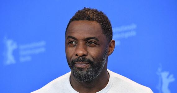 Idris Elba, Tom Hanks, Olga Kurylenko, Kristofer Hivj – kolejne gwiazdy ogłaszają, że zostały zarażone koronawirusem. Aktorzy i aktorki apelują o poważne podejście do problemu rozprzestrzeniania się choroby na świecie i zachowanie spokoju.