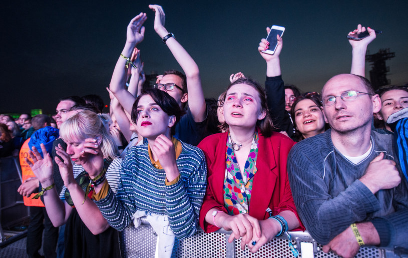 Open'er Festival wydał oświadczenie, w którym zakomunikował, że monitoruje sytuację związaną z pandemią koronawirusa. Dzień później potwierdzono, że kolejną gwiazdą imprezy został zespół The Killers.