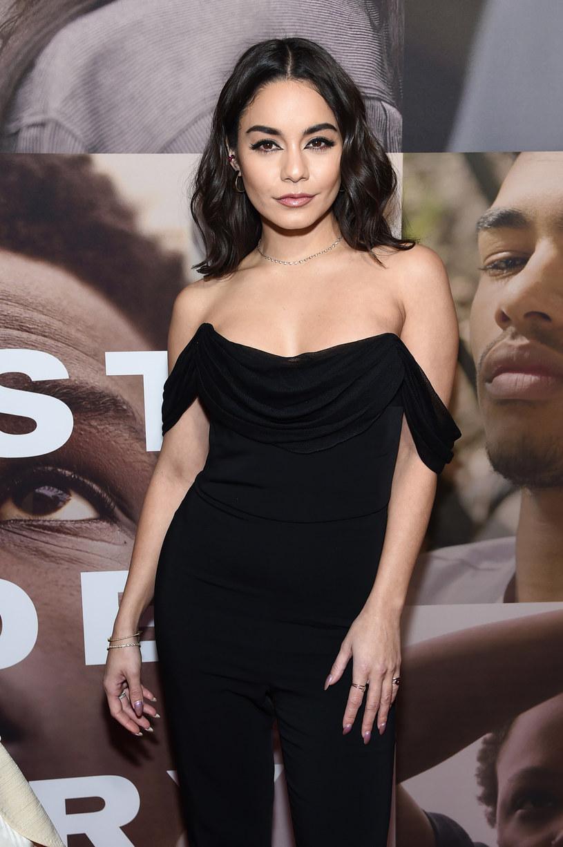 Vanessa Hudgens została mocno skrytykowana za relację wideo, którą opublikowała na Instagramie. Aktorka nonszalancko stwierdziła, że ludzie umierają i nie ma w tym nadzwyczajnego wydarzenia. Tak było, jest i będzie. Fani nazwali ją bezduszną.