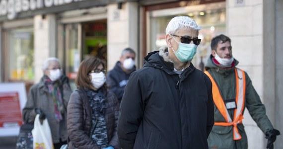 Pandemia koronawirusa trwa. Po godz. 18 włoskie służby medyczne ogłosiły, że w kraju minionej doby zmarło 427 osób. Tym samym liczba ofiar koronawirusa we Włoszech wzrosła do 3 405 – to więcej, niż w Chinach, gdzie po raz pierwszy pojawił się wirus.