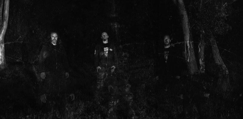 """Nowo powstała, australijska grupa Werewolves przygotowała debiutancki album """"The Dead Are Screaming""""."""