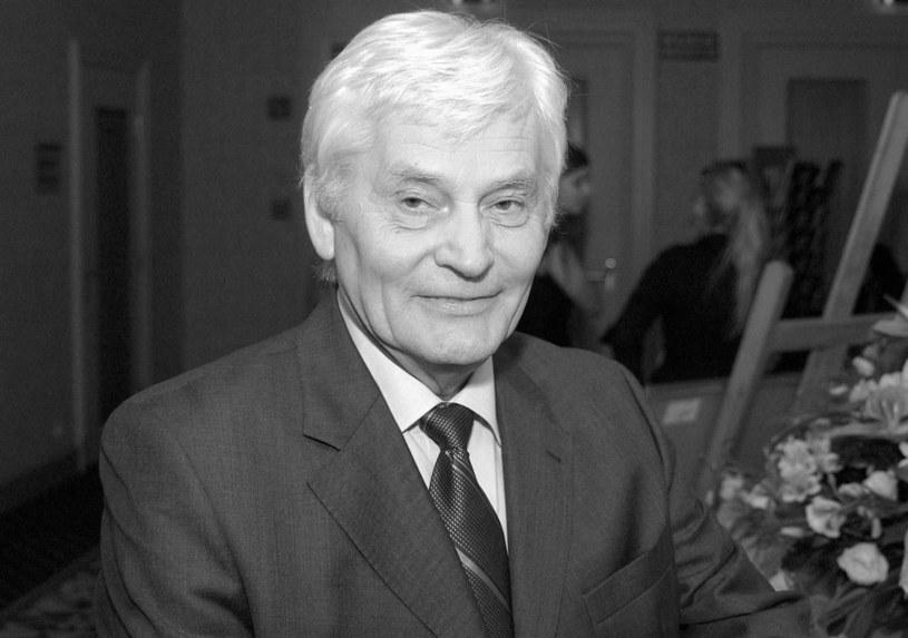 """W czwartek, 19 marca, zmarł Jerzy Weber, wieloletni redaktor naczelny """"Tele Tygodnia"""" i pomysłodawca Telekamer - poinformował portal Wirtualnemedia.pl."""