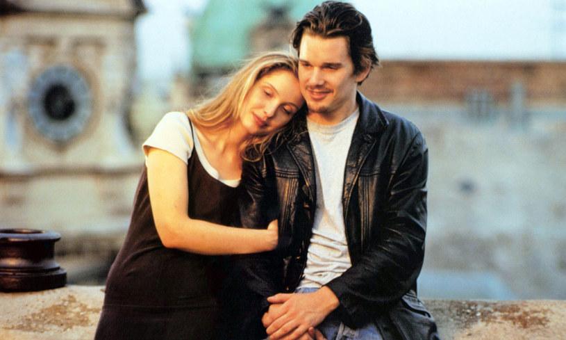 """Jesse i Celine to bohaterowie romantycznej serii filmowej stworzonej przez Richarda Linklatera. Do tej pory można było zobaczyć ich w trzech filmach cyklu: """"Przed wschodem słońca"""", """"Przed zachodem słońca"""" oraz """"Przed północą"""". Ethan Hawke, który gra rolę Jessego zapewnia, że powstanie czwartej odsłony serii wciąż jest możliwe. """"Uwielbiamy razem pracować, ale musimy być pewni, że mielibyśmy coś do powiedzenia"""" - tłumaczy aktor."""