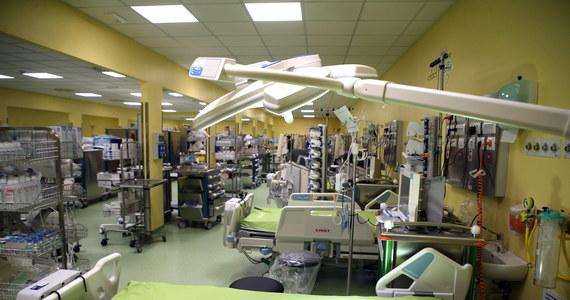 W ciągu ośmiu dni w Mediolanie powstał w związku z epidemią koronawirusa nowy oddział intensywnej terapii na terenie szpitala San Raffaele. Oddział sfinansowało 200 tysięcy osób podczas zbiórki rozpoczętej przez małżeństwo celebrytów - Chiarę Ferragni i Fedeza.