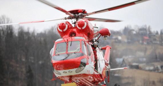 Prokuratura w Nowym Targu umorzyła sprawę sierpniowego wypadku dwóch grotołazów w jaskini Wielkiej Śnieżnej w Tatrach. Jak powiedział prokurator Jan Ziemka śledczy zajmowali się trzema zagadnieniami - prawidłowością organizacji wyprawy do jaskini, nieumyślnego spowodowania śmierci dwóch grotołazów, a także nielegalnego posiadania przez nich materiałów wybuchowych.
