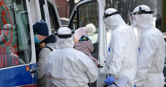 Wśród osób zakażonych koronawirusem na Mazowszu jest 10 osób w wieku poniżej 18 lat. Dwoje dzieci nie mają nawet trzech lat - poinformował Mazowiecki Państwowy Wojewódzki Inspektor Sanitarny.