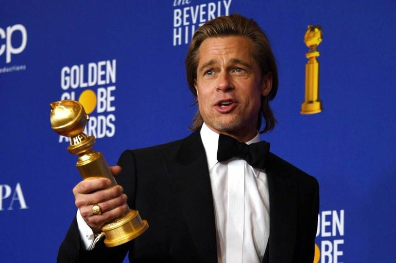 Stało się to, co było nieuniknione. Hollywoodzkie Stowarzyszenie Prasy Zagranicznej zdecydowało się na wprowadzenie zmian w regulaminie przyznawania nominacji do Złotych Globów. W przeciwieństwie do lat poprzednich, o statuetki będą mogły rywalizować także te filmy, które nie miały swojej premiery kinowej.