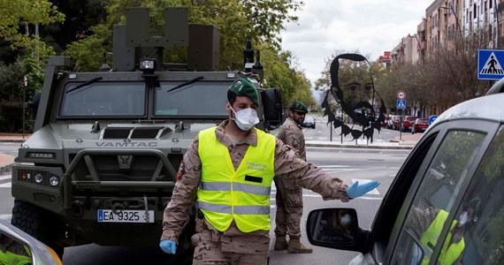 """Podawana oficjalnie liczba zmarłych i zakażonych koronawirusem w Hiszpanii może być tylko """"wierzchołkiem góry lodowej"""" - wynika z raportu sporządzonego przez Instytut Zdrowia im. Carlosa III, który opublikował dziennik """"El Pais""""."""