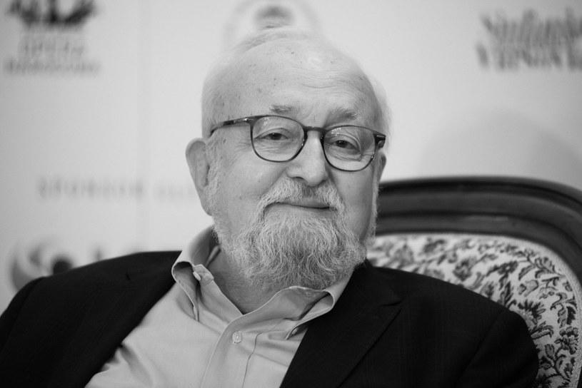 Krzysztof Penderecki zmarł dziś rano (29 marca) w swoim domu w Krakowie – poinformowało Radio Kraków. Wybitny kompozytor, dyrygent i pedagog muzyczny miał 86 lat.
