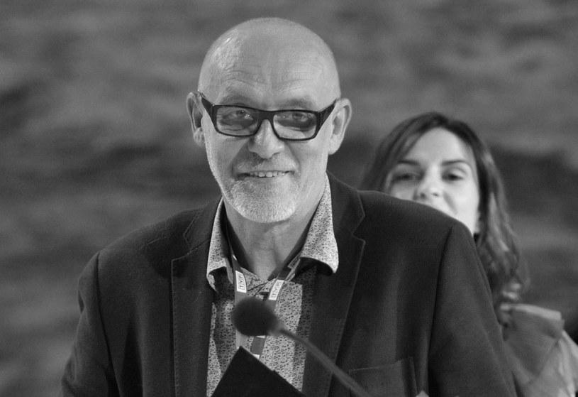 W wieku 60 lat zmarł Leszek Ptaszyński, telewizyjny realizator wielu spektakli Teatru Telewizji, od 35 lat związany z TVP Katowice - poinformowało Polskie Radio Katowice.